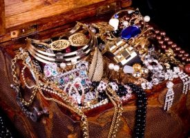 Tips to Help Organize Your Jewelry Collection